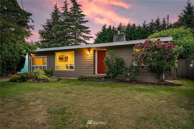 12325 11th Avenue NE, Seattle, WA 98125 (#1785120) :: Keller Williams Western Realty