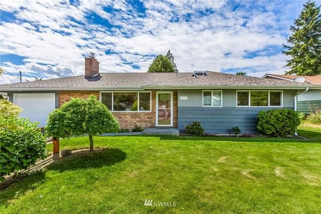 11651 18th Avenue SW, Burien, WA 98146 (#1785422) :: Keller Williams Western Realty