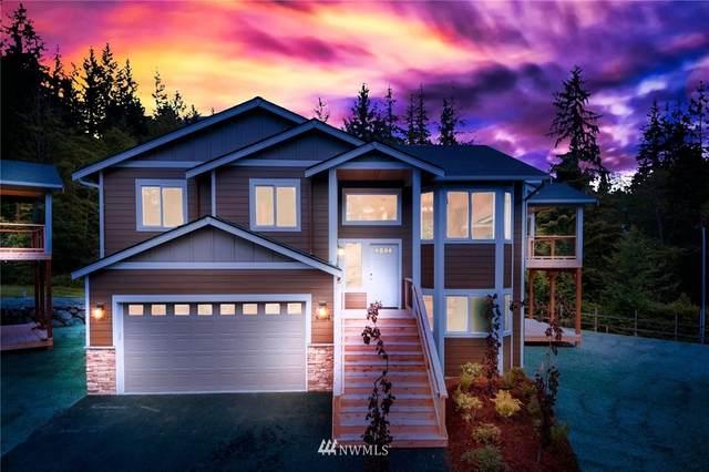 5304 East Drive, Everett, WA 98203 (#1785488) :: Keller Williams Western Realty