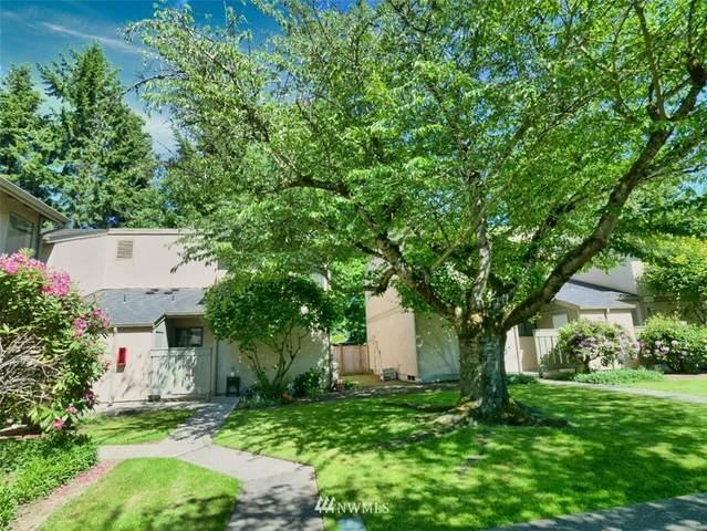 10052 NE 138th Place H1, Kirkland, WA 98034 (#1785497) :: Mike & Sandi Nelson Real Estate