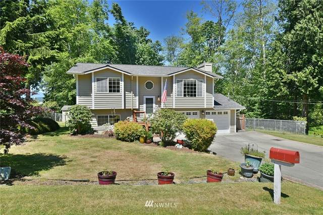 1924 NW Russell Street, Poulsbo, WA 98370 (#1785541) :: Northwest Home Team Realty, LLC