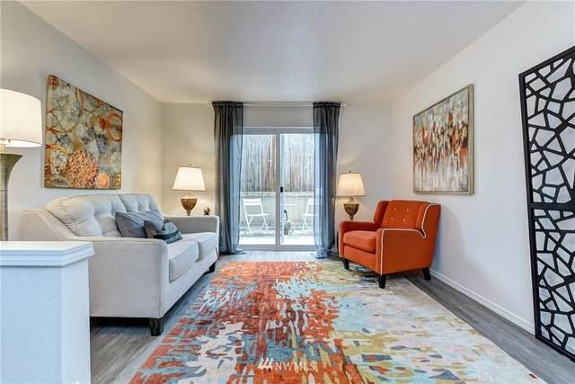 903 N 130th Street #110, Seattle, WA 98133 (#1786117) :: Beach & Blvd Real Estate Group