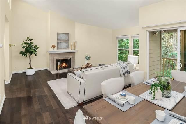 14651 NE 40th Street C4, Bellevue, WA 98007 (#1786411) :: Keller Williams Western Realty