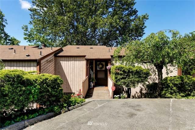 12421 74th Lane S #17, Seattle, WA 98178 (#1786481) :: Keller Williams Western Realty