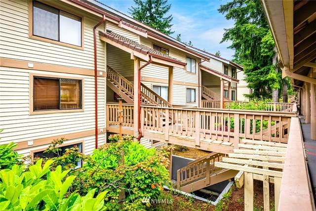 17419 119th Lane SE E12, Renton, WA 98058 (#1786598) :: Better Homes and Gardens Real Estate McKenzie Group
