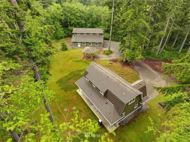 17816 Commons Road SW, Vashon, WA 98070 (#1786806) :: Beach & Blvd Real Estate Group