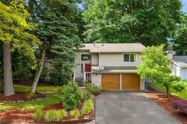 11821 SE 67th Place, Bellevue, WA 98006 (#1786869) :: Keller Williams Western Realty