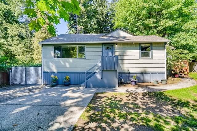 11017 17th Avenue NE A, Seattle, WA 98125 (#1787569) :: McAuley Homes