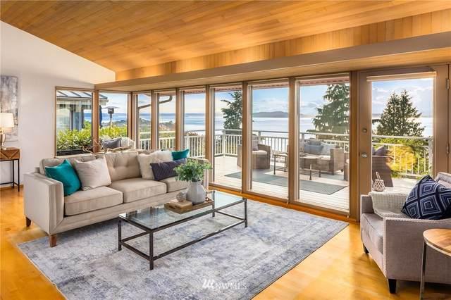 2431 53rd Avenue SW, Seattle, WA 98116 (#1787630) :: McAuley Homes