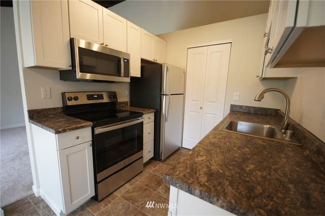 2020 Grant Avenue S G203, Renton, WA 98055 (#1787999) :: Keller Williams Western Realty