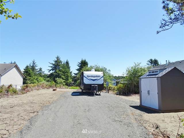 262 Pt Brown Avenue SE, Ocean Shores, WA 98569 (#1788016) :: NW Home Experts