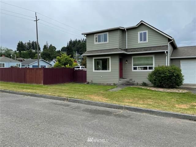 1032 E 4th Street, Port Angeles, WA 98362 (#1788264) :: Better Properties Lacey