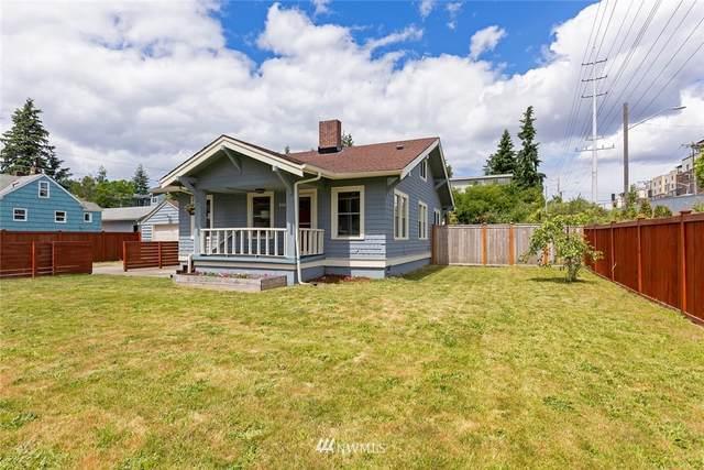 814 N 128th Street, Seattle, WA 98133 (#1788314) :: Beach & Blvd Real Estate Group