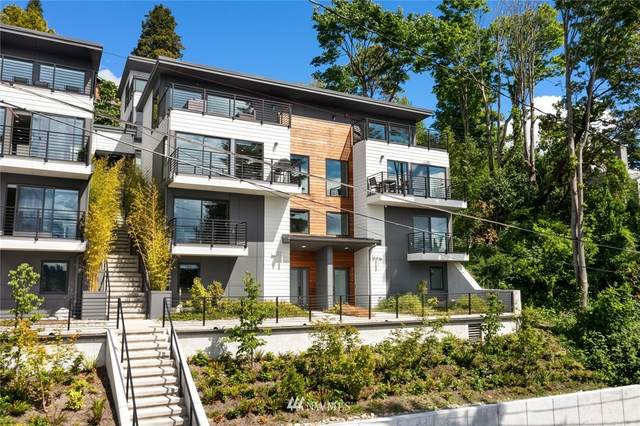 2202 12th Avenue W, Seattle, WA 98119 (#1788544) :: Keller Williams Realty