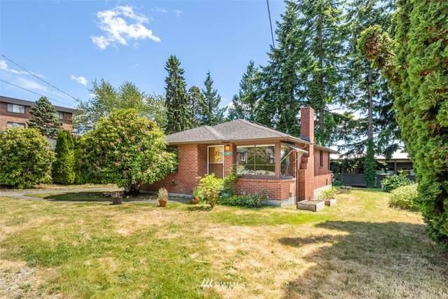 11310 5th Avenue NE, Seattle, WA 98125 (#1788572) :: Canterwood Real Estate Team