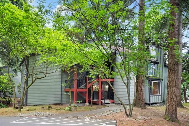 14525 NE 30th Place 14-B, Bellevue, WA 98007 (#1788941) :: Keller Williams Western Realty