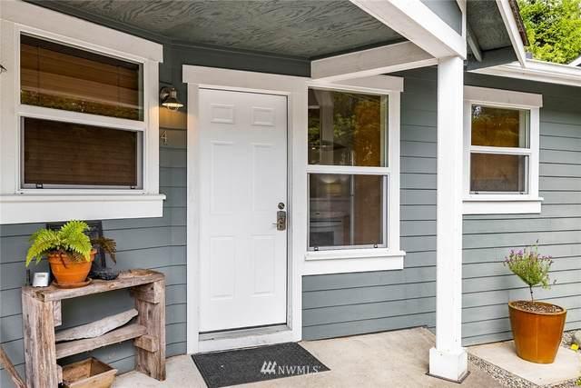 1574 Parkview Drive NE #4, Bainbridge Island, WA 98110 (#1789528) :: Mike & Sandi Nelson Real Estate