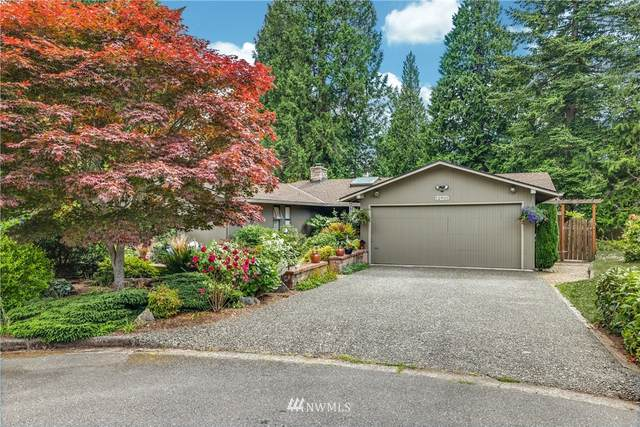 12921 SE 63rd Place, Bellevue, WA 98006 (#1789556) :: Ben Kinney Real Estate Team