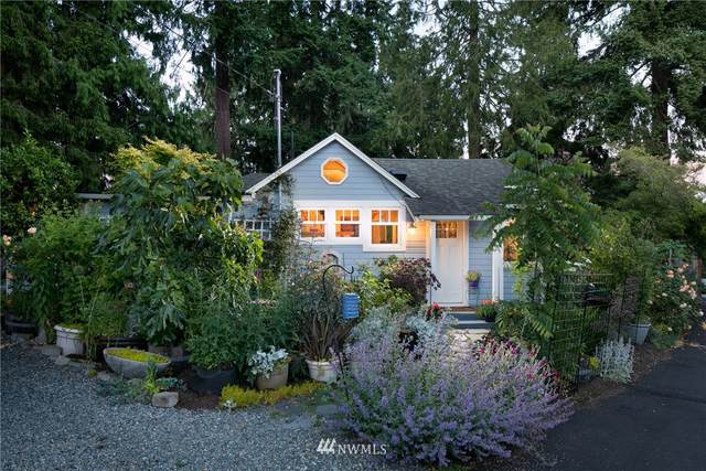 16528 37th Avenue NE, Lake Forest Park, WA 98155 (#1789645) :: Keller Williams Western Realty