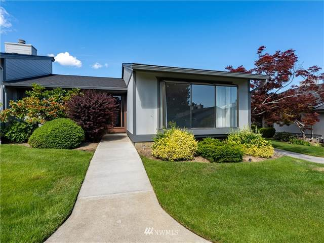 1310 Castlerock #12, Wenatchee, WA 98801 (#1789652) :: Keller Williams Western Realty