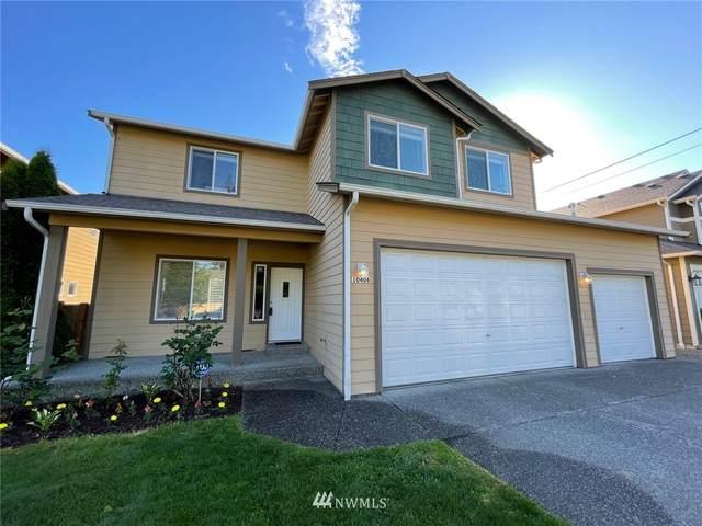10406 13th Avenue W, Everett, WA 98204 (#1790296) :: Keller Williams Western Realty