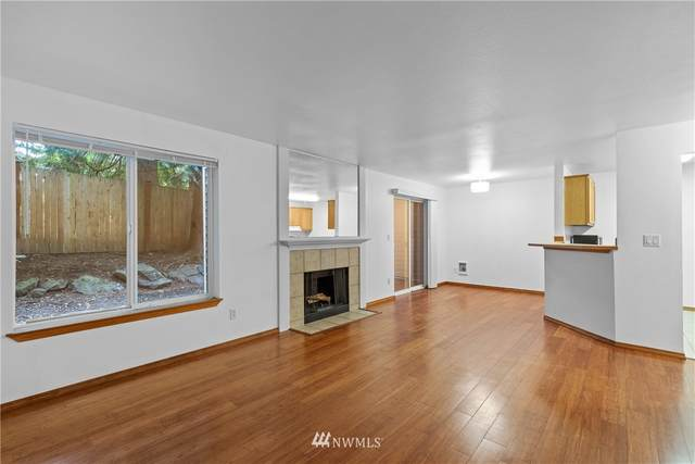 1009 112th Street SE B-103, Everett, WA 98208 (#1790522) :: Keller Williams Western Realty