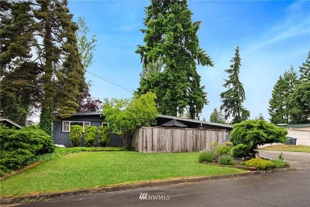 217 160th Avenue NE, Bellevue, WA 98008 (#1790994) :: The Royston Team