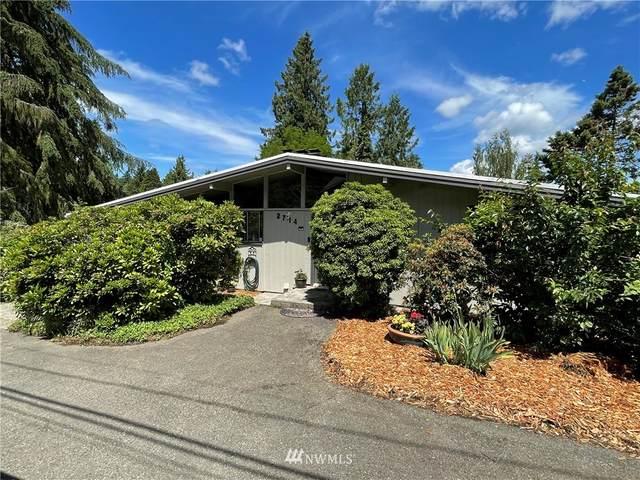 2714 NE 103rd Street, Seattle, WA 98125 (MLS #1791091) :: Community Real Estate Group