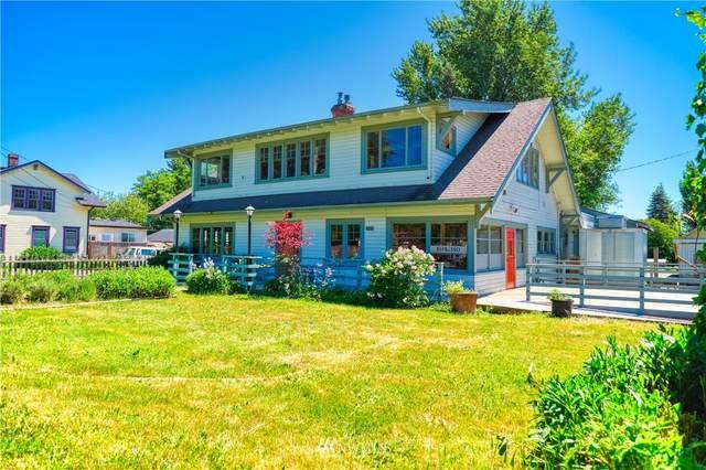 1379 Gulf Road, Point Roberts, WA 98281 (#1791111) :: McAuley Homes
