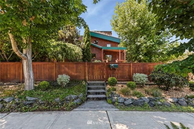 5401 25th Avenue SW, Seattle, WA 98106 (#1791571) :: Stan Giske