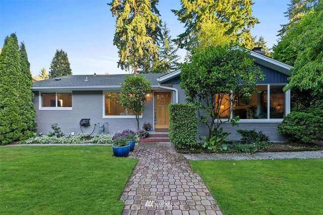 2819 NE 117th Street, Seattle, WA 98125 (MLS #1791650) :: Community Real Estate Group