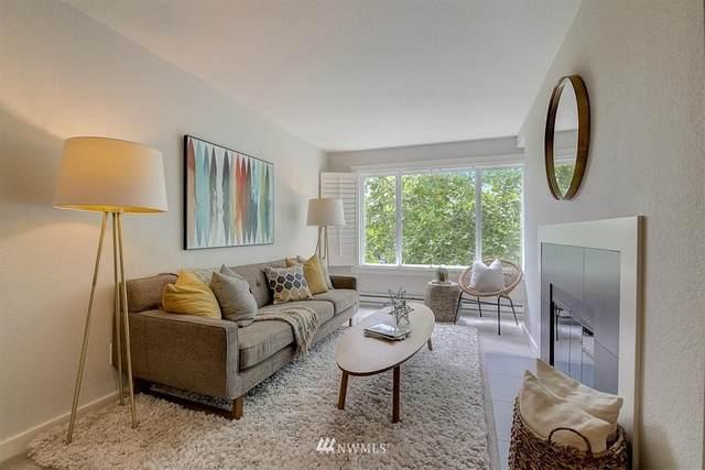 840 NE 125th Street #404, Seattle, WA 98125 (#1791701) :: Ben Kinney Real Estate Team