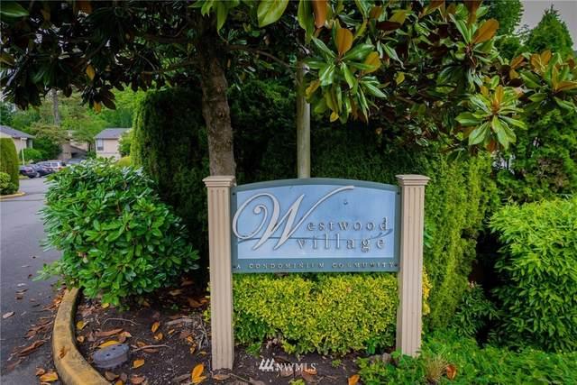 10006 NE 138th Place S2, Kirkland, WA 98034 (#1792701) :: Pickett Street Properties
