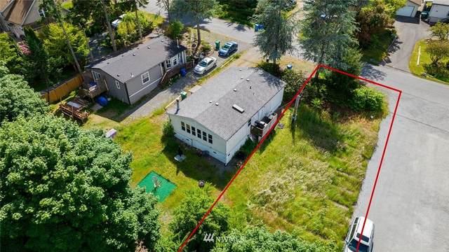 19024 16th Avenue NE, Shoreline, WA 98155 (#1792704) :: The Kendra Todd Group at Keller Williams