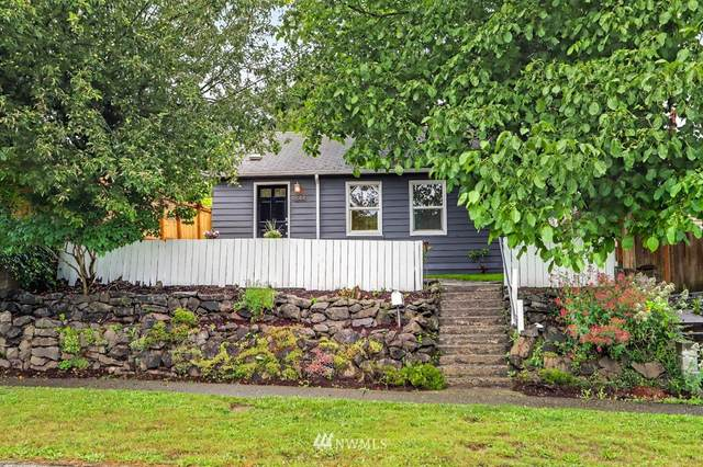 4844 25th Avenue SW, Seattle, WA 98106 (#1792709) :: Shook Home Group