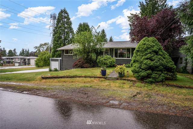 12408 NE 72nd St, Kirkland, WA 98033 (#1792891) :: Beach & Blvd Real Estate Group