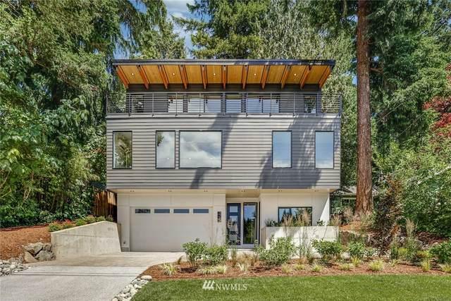 9736 46th Avenue NE, Seattle, WA 98115 (#1792948) :: NW Homeseekers