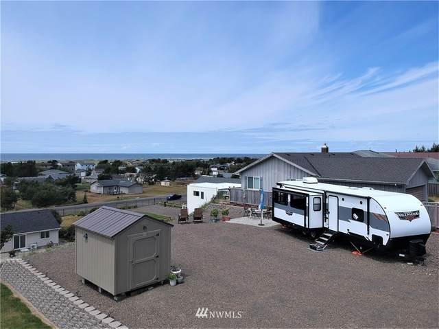 33305 J Pl, Ocean Park, WA 98640 (#1792966) :: Northern Key Team