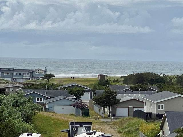 35000 J Place, Ocean Park, WA 98640 (#1793052) :: Northern Key Team