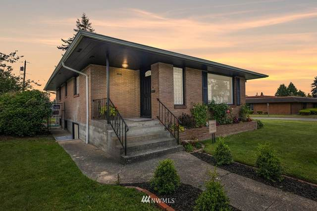 2131 Pine Street, Everett, WA 98201 (#1793146) :: Keller Williams Western Realty