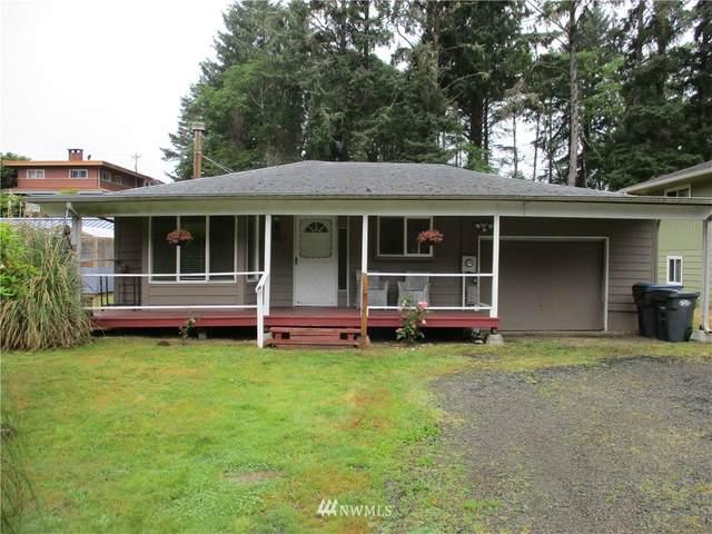 1329 S Forrest, Westport, WA 98595 (#1793178) :: Simmi Real Estate