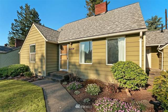 10618 18th Avenue S, Seattle, WA 98168 (#1793378) :: The Kendra Todd Group at Keller Williams