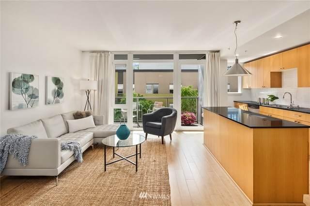 76 Cedar Street #411, Seattle, WA 98121 (#1793447) :: Ben Kinney Real Estate Team