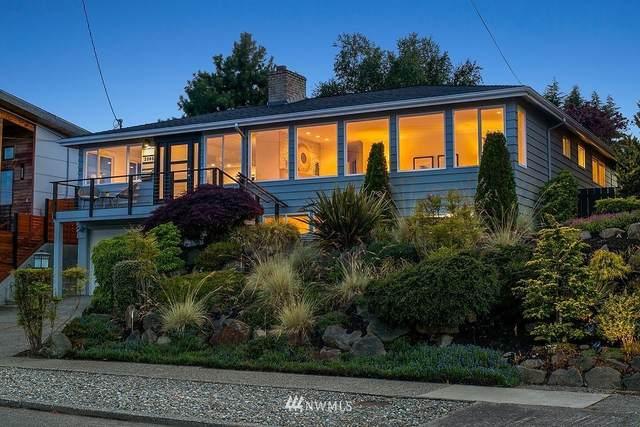 2565 25th Avenue W, Seattle, WA 98199 (#1793548) :: Northwest Home Team Realty, LLC