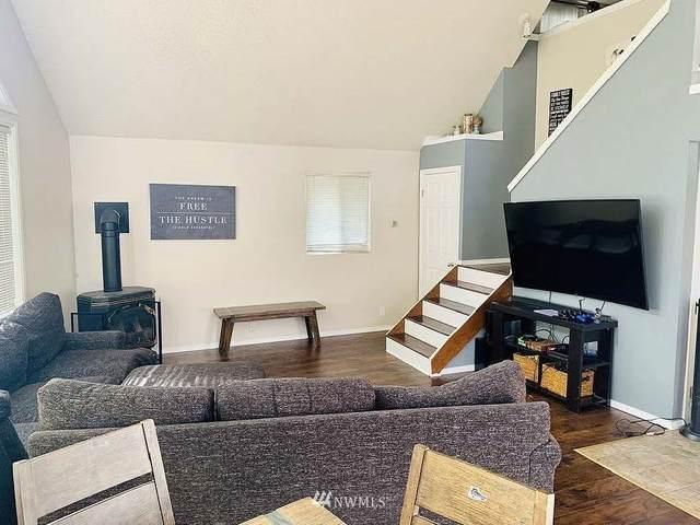 8404 NE 131st Place, Kirkland, WA 98034 (#1793604) :: Keller Williams Western Realty