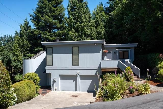 2230 109th Avenue NE, Bellevue, WA 98004 (#1793626) :: Keller Williams Realty