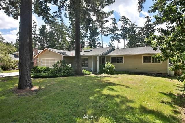 2089 Pine Wood Way, Oak Harbor, WA 98277 (#1793795) :: NW Homeseekers