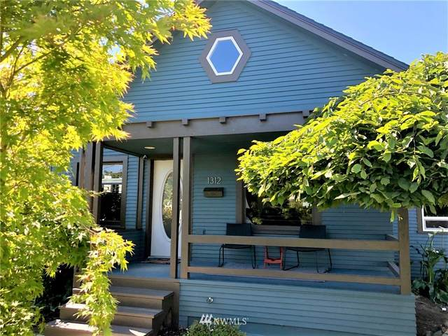 1312 Wells Street, Enumclaw, WA 98022 (#1793889) :: Better Homes and Gardens Real Estate McKenzie Group