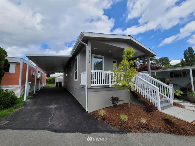 18232 36th Avenue S #402, SeaTac, WA 98188 (#1793978) :: McAuley Homes