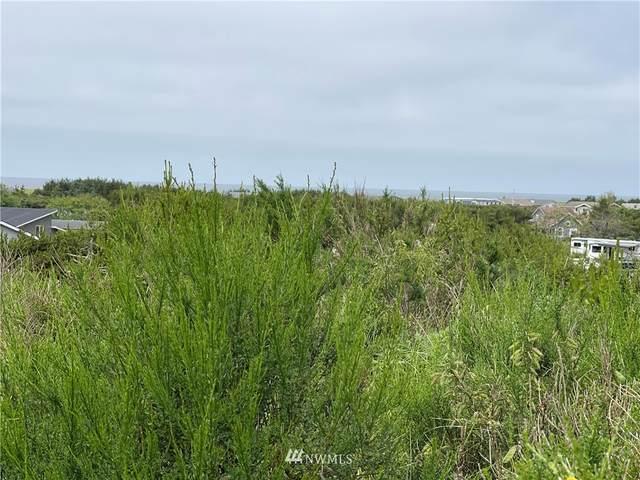 31706 J Place, Ocean Park, WA 98640 (#1794363) :: Keller Williams Western Realty